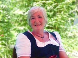 Ihre Gastgeberin Verena Hiller